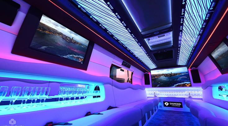 Diamond Lounge Limousine