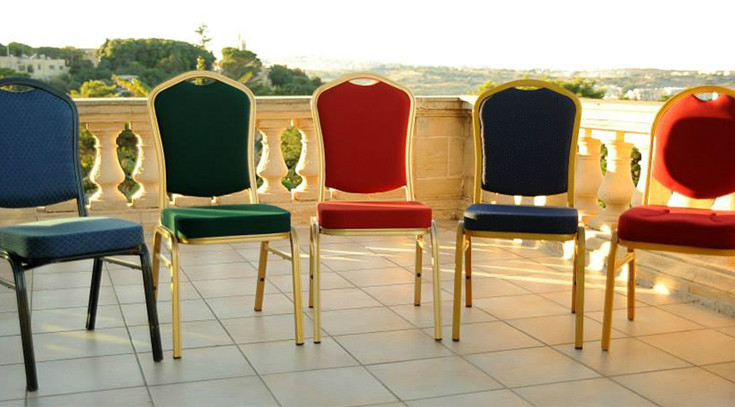 Gino Tables & Chairs