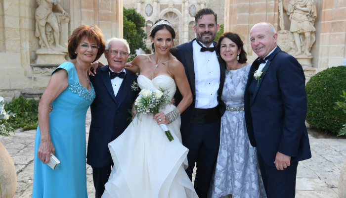 The start of a life-long party – Diane & Jason