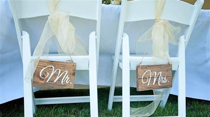 The surname dilemma for Maltese brides