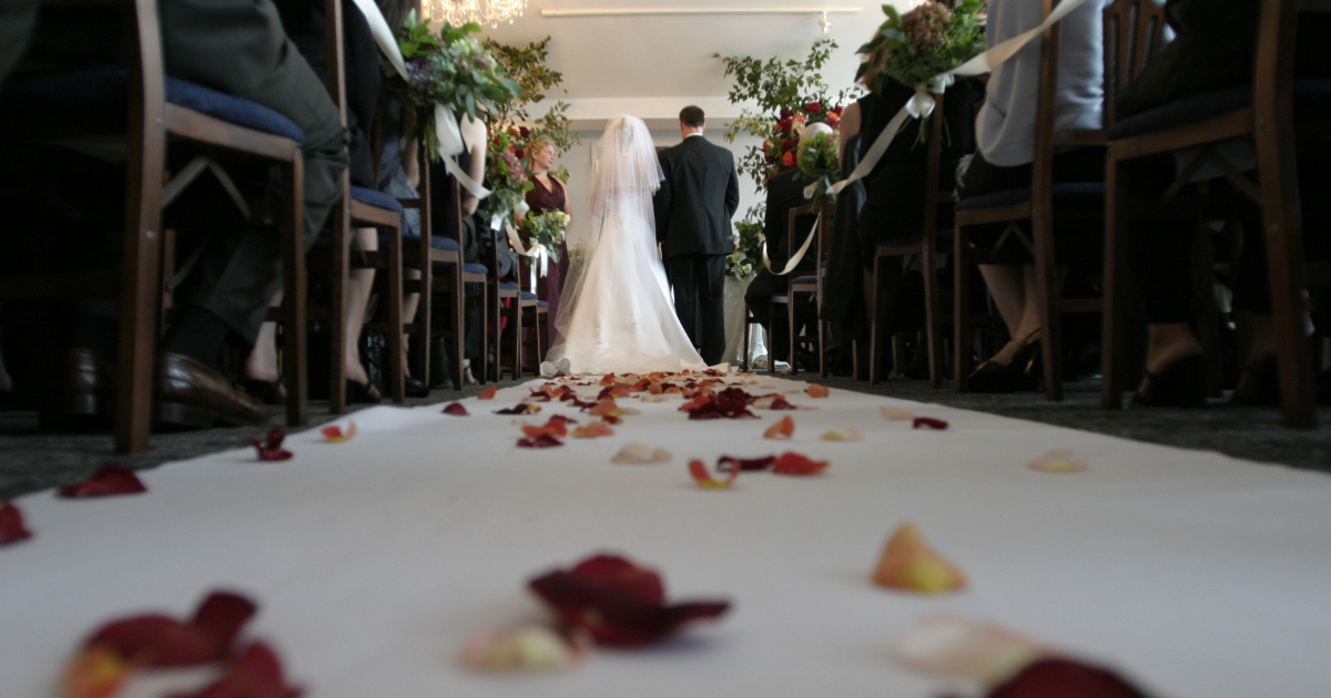 Soon Walking Down The Aisle? Here Are 10 Non-traditional